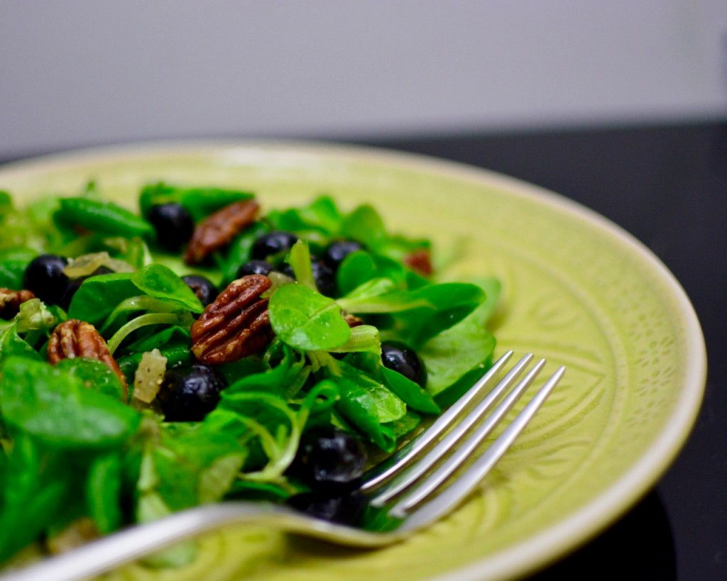 Blueberry, Pecan and Candied Ginger Salad